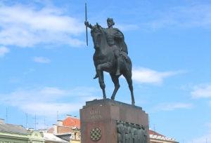 Robert Frangeš-Mihanović, Statue of King Tomislav