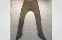 Early Medieval trousers